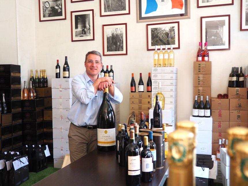 Antoine Soave partage sa passion des vins en les mettant à la portée de toutes les bourses