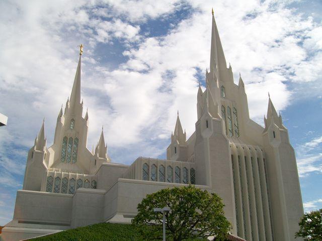 Le temple mormon de San Diego (Californie)