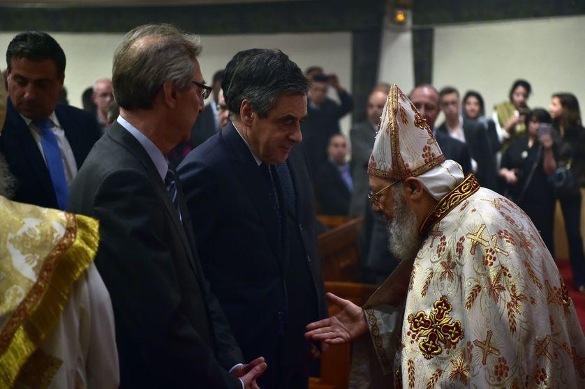 François Fillon aux célebrations de Pâques le 15 avril 2017 à l'église copte de Chatenay-Malabry, en région parisienne.