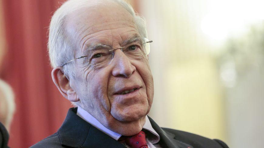 Louis Mermaz, ancien ministre, président de l'Assemblée nationale, député, sénateur de l'Isère (PS)