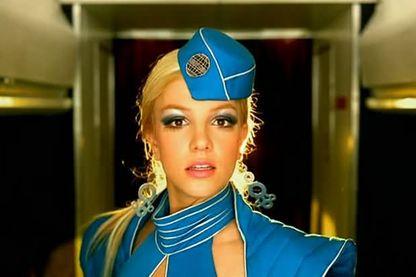 """Extrait du clip """"Toxic"""" de Britney Spears"""