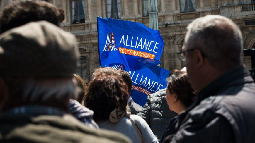 Le syndicat  Alliance divisé sur la prise de position de son secrétaire général