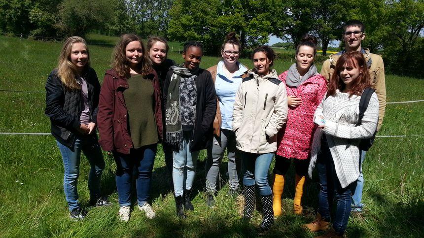 Les élèves du BTS animation et développement des territoires ruraux du lycée du Subdray, à l'origine de ce projet de préservation des hérissons