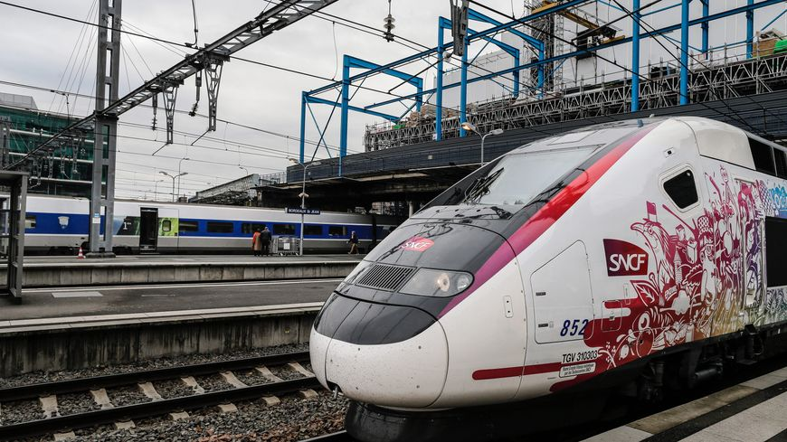 """La nouvelle rame """"Océane"""" du TGV Paris-Bordeaux."""