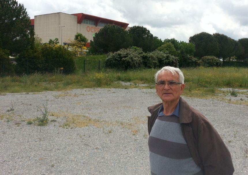 Adrien Riff, habitant de Lunel-Viel. Sa femme et son fils sont atteints de cancer du poumon.