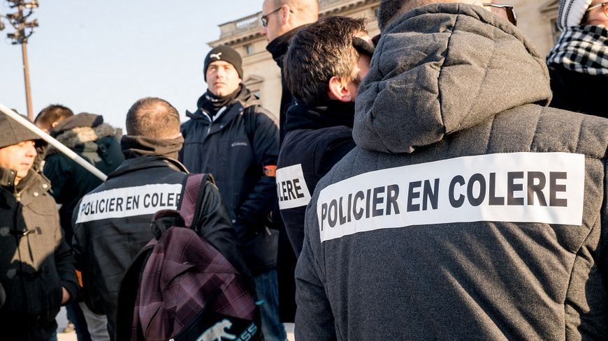 Les policiers demandent de meilleures conditions de travail et davantage de reconnaissance.