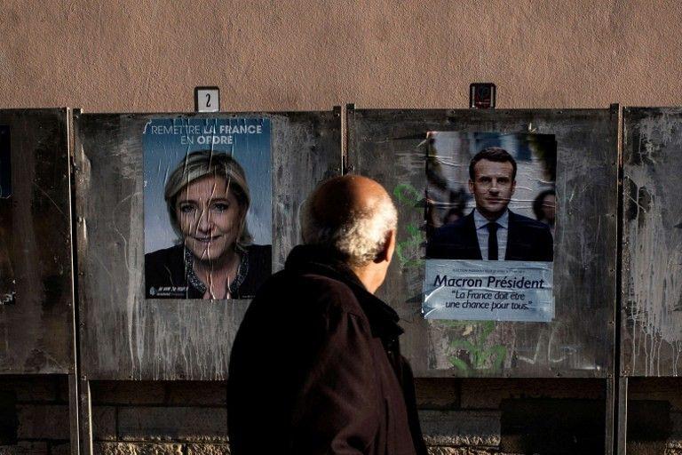 Panneaux électoraux à Lyon