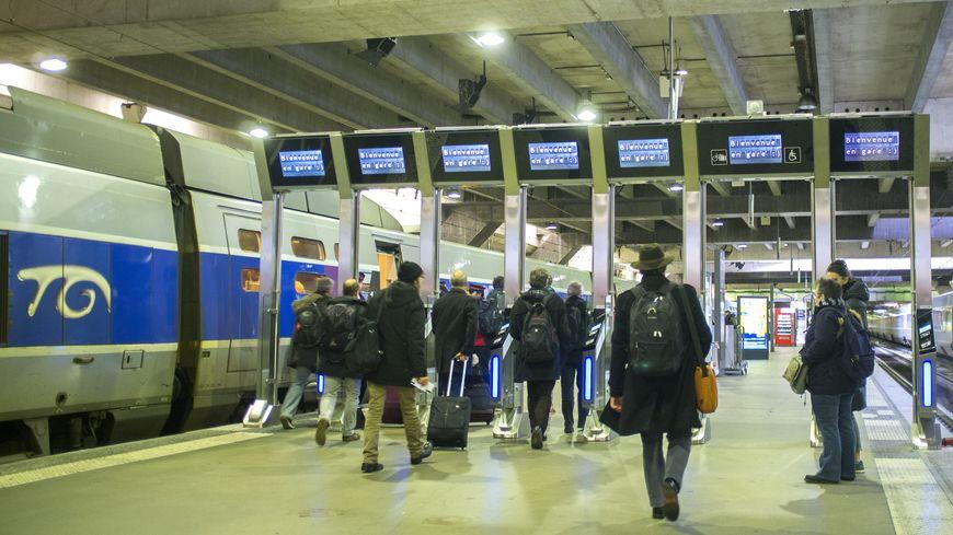 Les portiques de la gare Montparnasse