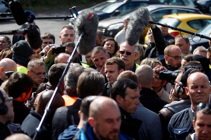 Emmanuel Macron avec les Whirlpool, 26/04/2017