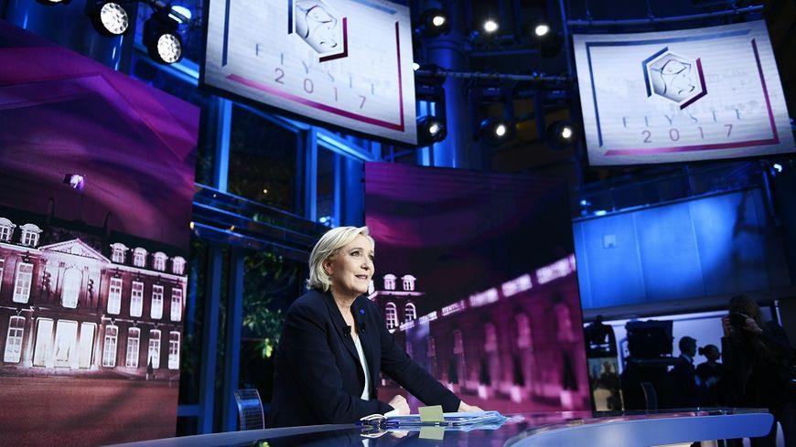 """Marine Le Pen était mardi soir l'invitée de l'émission """"Élysée 2017"""" sur TF1."""