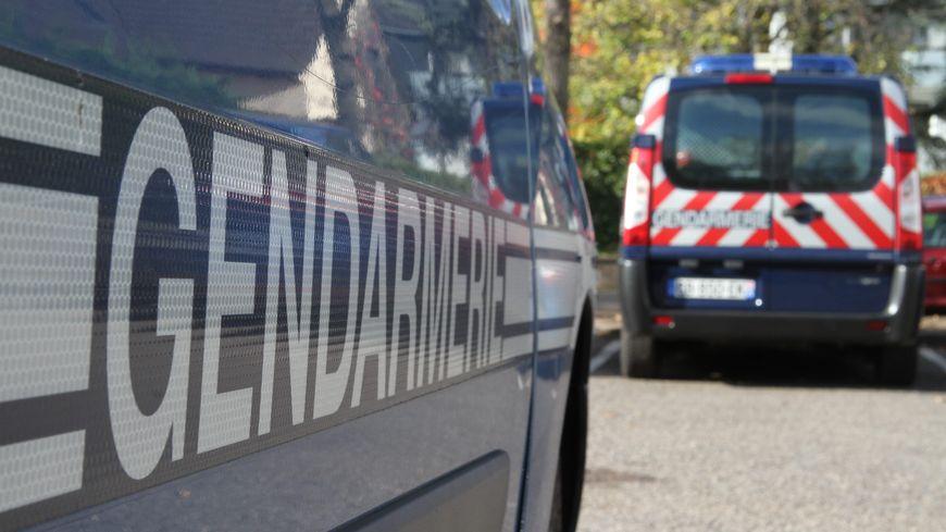 Des gendarmes de la compagnie de Châtellerault sont intervenus sur place.