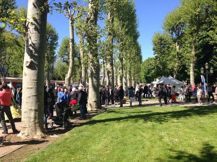 Le public est au rendez-vous au Parc des Sources