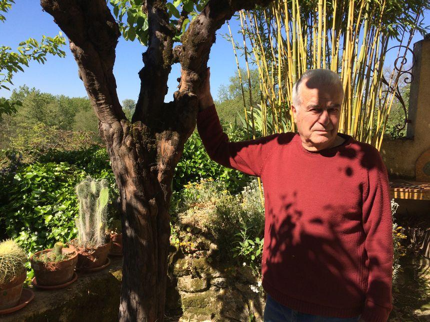 L'ancien maire du village, Claude Hernandez
