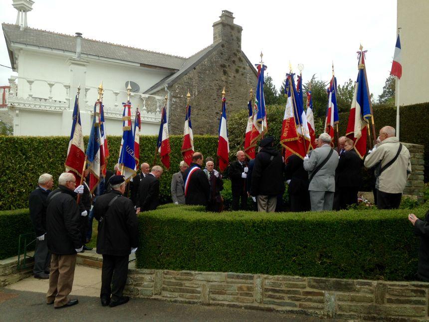 Cérémonie du souvenir à la Verrerie (Manche) en souvenir des victimes du bombardement allié en 1944.