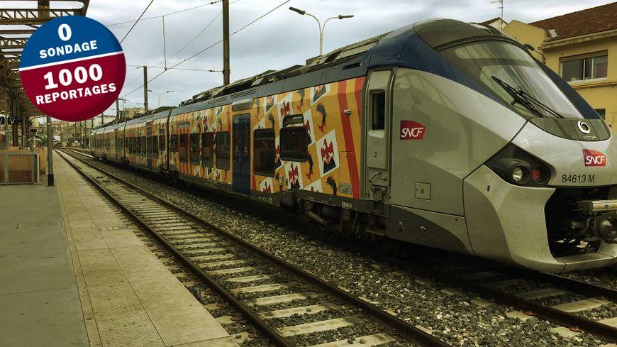 Un TER de la Région PACA à quai gare Saint-Charles à Marseille.