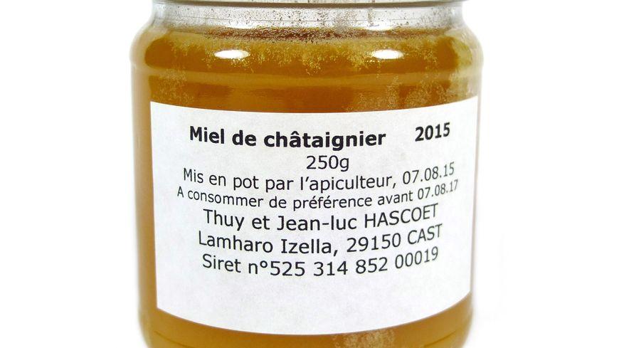 Récolté et mis en pot par l'apiculteur