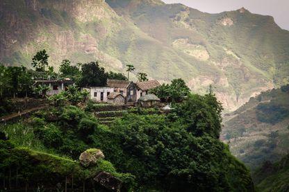 Fermes  dans les montagnes de Santa Antao, Cap Vert