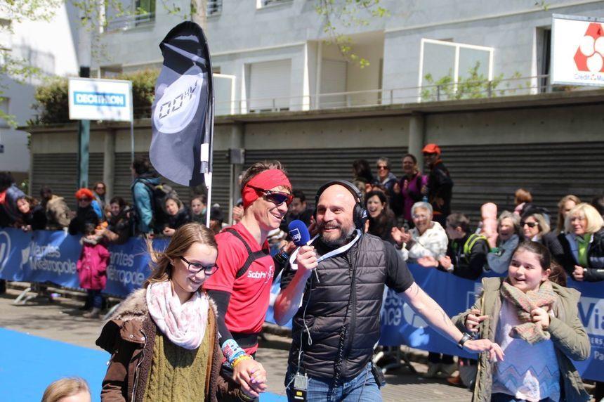 Xavier Simon dans la course avec Charly Triballeau