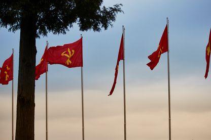 Drapeaux du Parti des Travailleurs en Corée du Nord