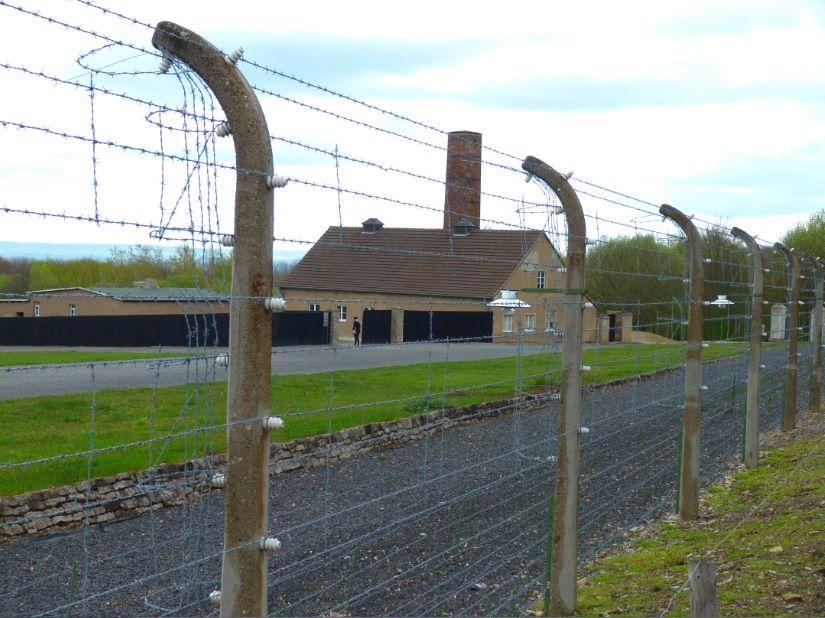 56 000 déportés sont morts à Buchenwald. Leur corps ont été brûlés dans le four crématoire.