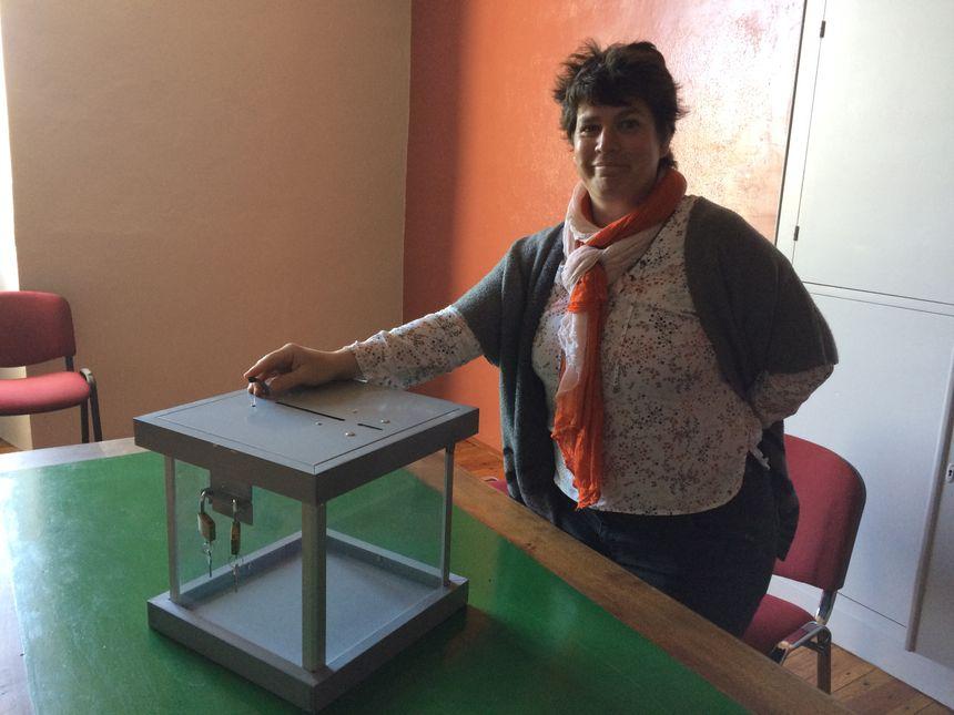 Caline Alimi, la maire de Castelmoron-d'Albret