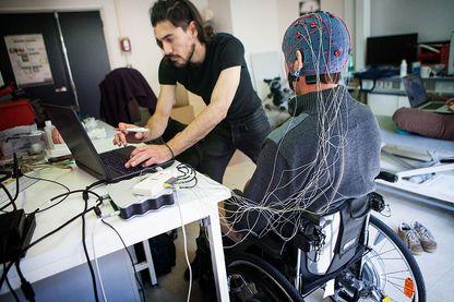 Exemple d'une interface entre cerveau et ordinateur