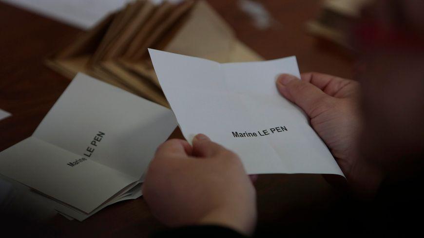 A Saint-Priest-Bramefant, 154 électeurs sur 714 inscrits ont choisi le Front National au 1er tour de la présidentielle.