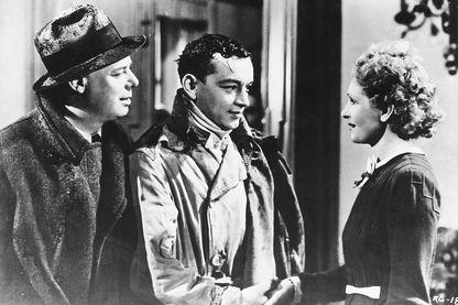 """Jean Renoir, Roland Toutain et Nora Gregor dans le film """"La Règle du jeu"""" (1939)"""