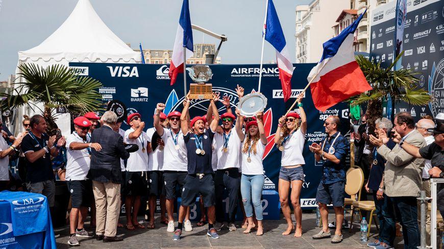 L'équipe de France de surf enfin sacrée championne du monde par équipe, et à domicile à Biarritz qui plus est