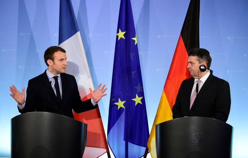 Emmanuel Macron avec le chef de la diplomatie allemande, Sigmar Gabriel (mars 2017)