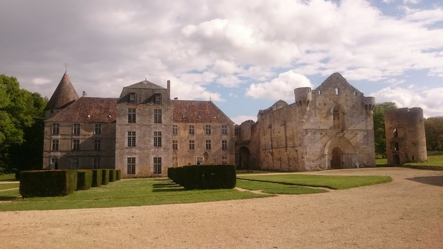 Abbaye de la Réau à Saint-Martin-l'Ars
