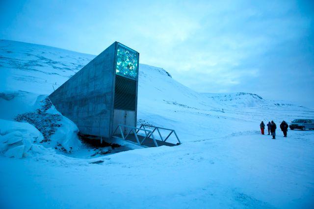 """L'entrée de l' """"Arche de Noé"""" à Svalbard"""