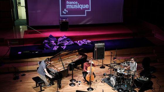 Le trio du MilesDavisQuintet au studio 106 par Christian Taillemite