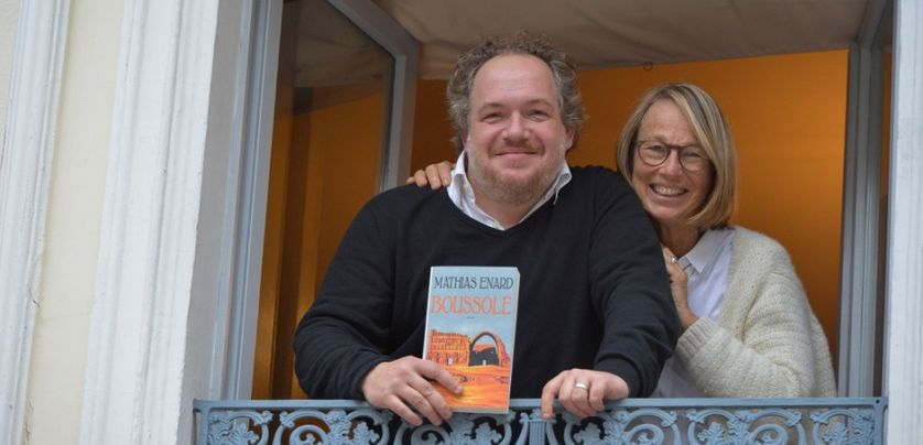 """Françoise Nyssen et Mathias Enard, lauréat du prix Goncourt en 2015 pour """"Boussole"""""""