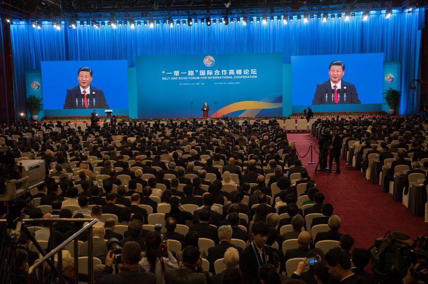 Quelque 65 pays, représentant 60% de la population et environ le tiers du  PIB mondial, participent à l'initiative qui s'accompagne d'investissements chinois massifs
