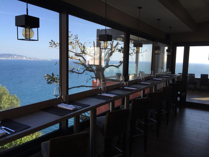 L'air du Temps, un cadre unique sur la Côte d'Azur - .