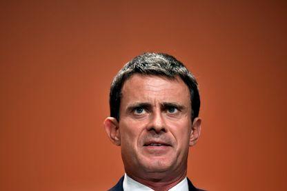 Manuel Valls souhaite mener une campagne à l'abri des caméras pour les législatives 2017
