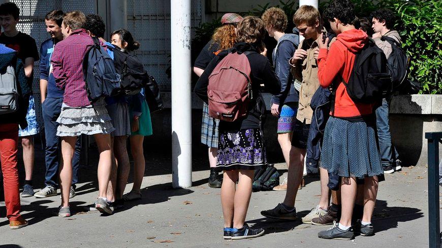 Les lycéens et les lycéennes, comme ici à Nantes en 2014, sont appelés à porter une jupe pour lutter contre le sexisme.