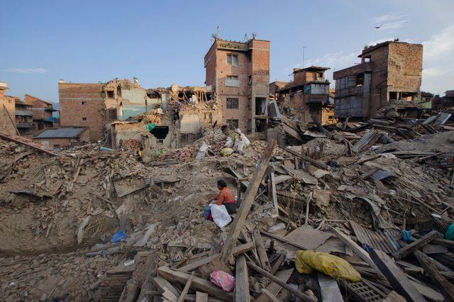 Au lendemain du tremblement de terre au Nepal en mai 2015