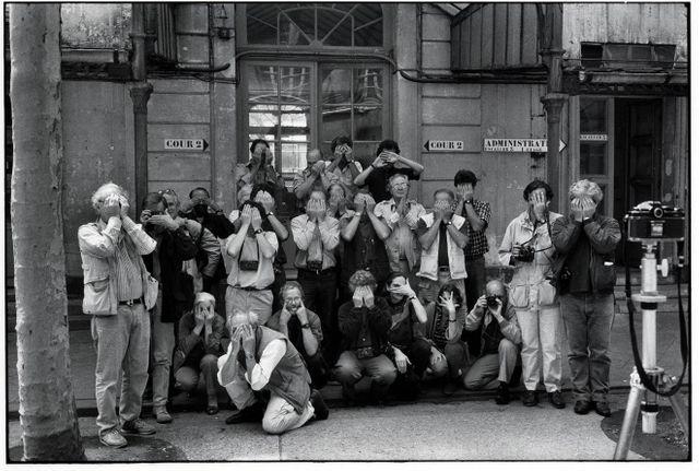 Les photographes de magnum lors de leur AG annuelle, Paris 1988