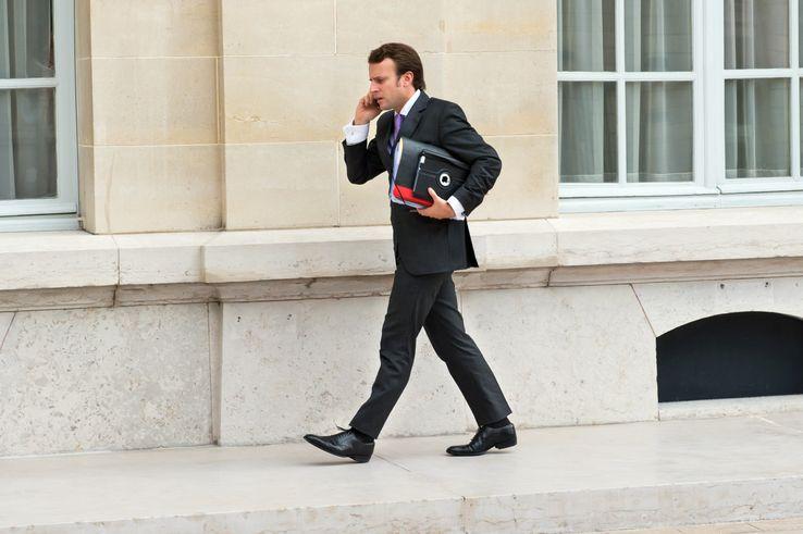 29 octobre 2012 : première photo référencée d'Emmanuel Macron dans la base de l'Agence France Presse. Il est alors secrétaire général adjoint de l'Élysée et conseiller économique de F. Hollande