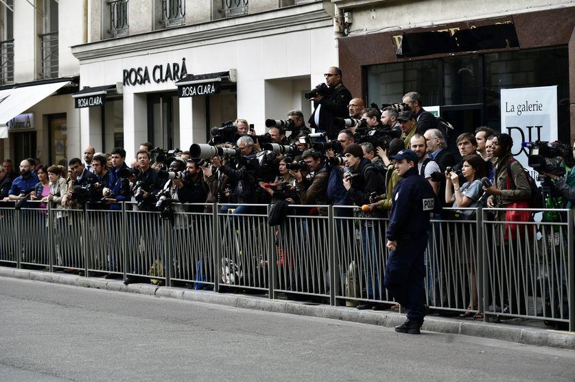 Pendant le premier conseil des ministres, jeudi 18 mai, les journalistes ont été prié de sortir de la cour de l'Elysée.
