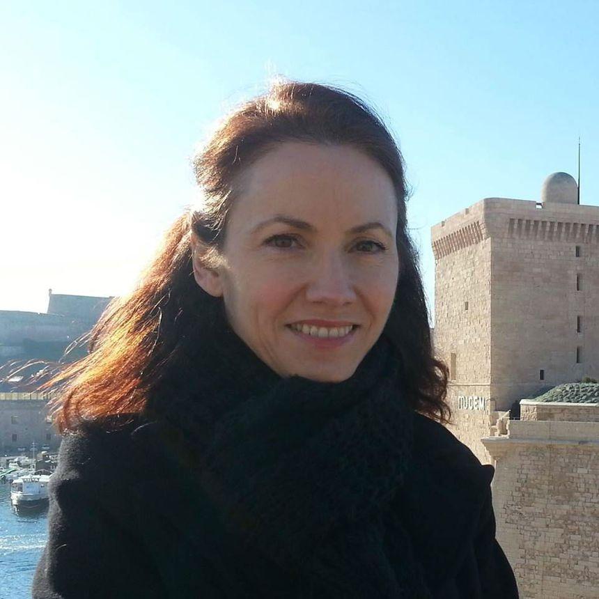 Agnès Clancier, auteure d'un septième roman consacré à la vie de l'aviatrice limougeaude, Maryse Bsatié.