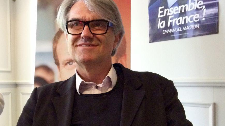 Pierre Cabaré lors de la présentation des candidats En Marche aux législatives en Haute-Garonne le 12 mai 2017.