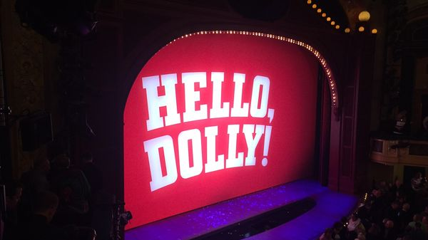 "Un mois à Broadway 1/4 : Le retour triomphal de ""Hello Dolly"" à New York avec Bette Midler"