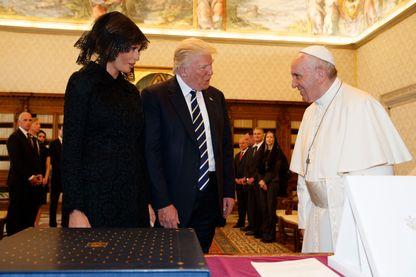 Donald, Melania Trump et le Pape François