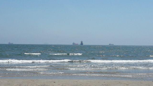 La plage de Fos-sur-mer