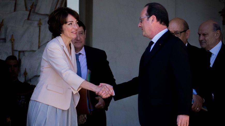 La ministre Marisol Touraine défend le bilan du président François Hollande