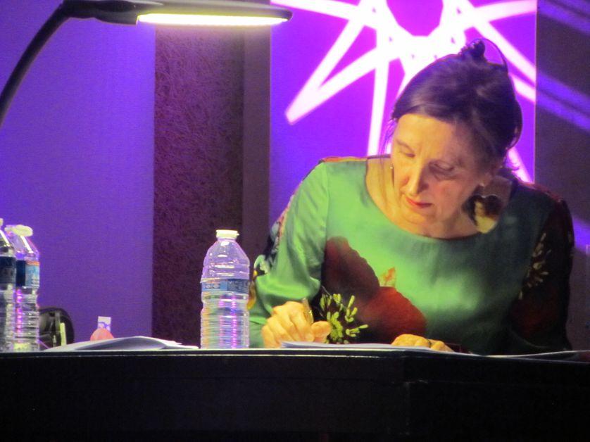 Eva Almassy au travail