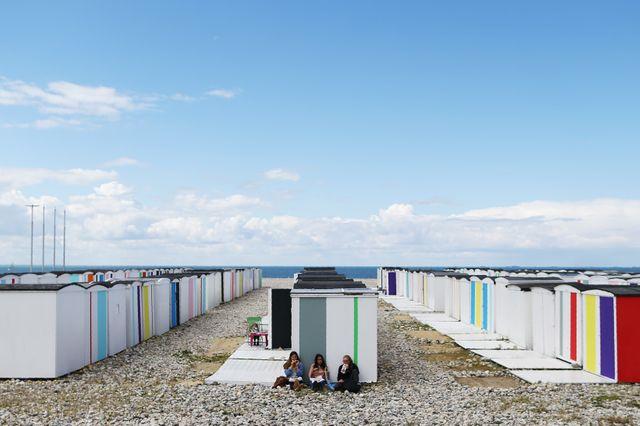 Les célébrations des 500 ans de la ville ont été l'occasion de redonner des couleurs aux cabines de plage.
